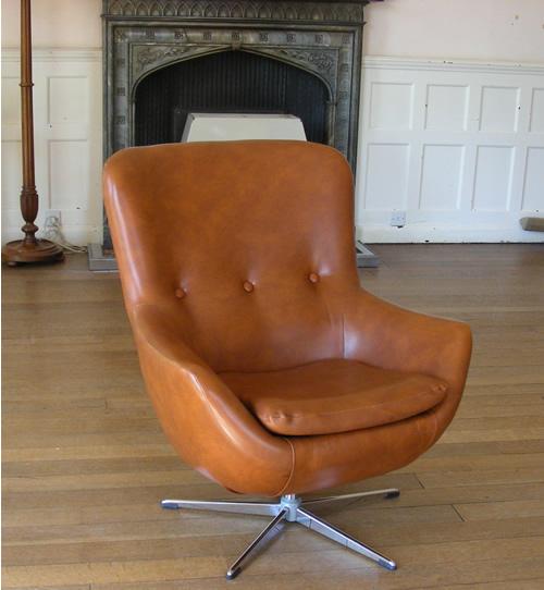 Egg Chair Left